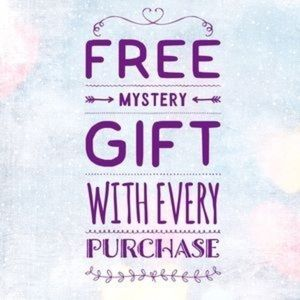 Free gift with every purchase 💕